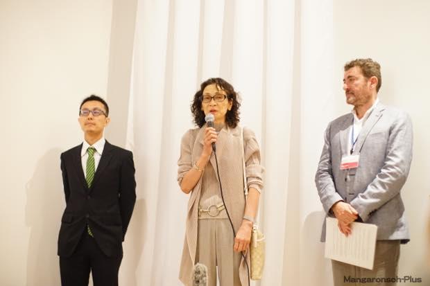 左からイトウユウさん、小池寿子さん、ファブリス・ドゥアールさん