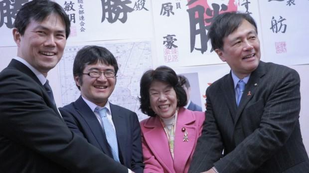 左から、後藤祐一衆議院議員、小泉しゅうすけ氏、阿部知子衆議院議員、保坂展人世田谷区長。